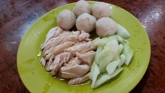 Photo of Chinese Restaurant Hoe Kee Chicken Rice Ball at 4 Jalan Hang Jebat, Melaka, Malaysia