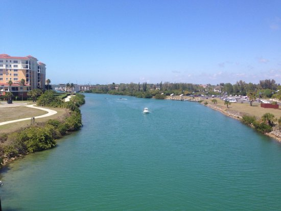 Downtown Venice, Fl Intracoastal Waterway - Picture of Tiki Taxi of