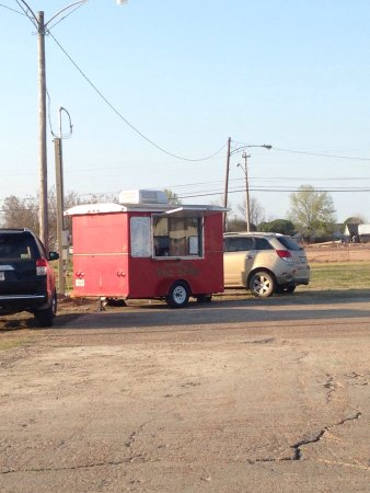 Cleveland, MS: Sno-Makers