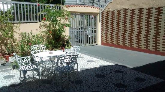 Pousada Acacia : jardin