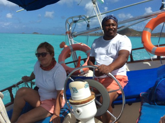 Jolly Harbour, Antigua: Hosts/sailors - Red and Karen!!