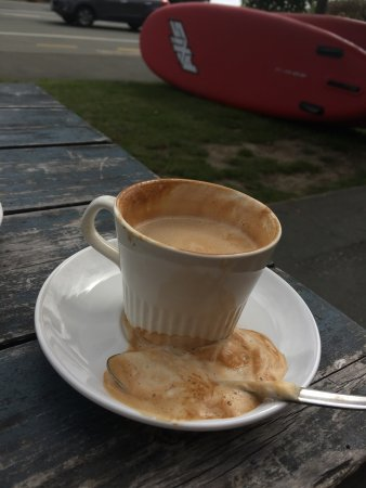 "Moana, Nieuw-Zeeland: This is the fluff I had to scoop off the top of my ""flatwhite"" I also had to plate and teaspoon"