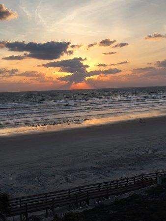 Holiday Inn Resort Daytona Beach Oceanfront: View from the room !