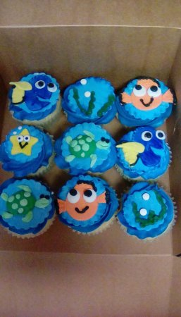 Tip Top Cake Shop: Finding nemo cupcakes