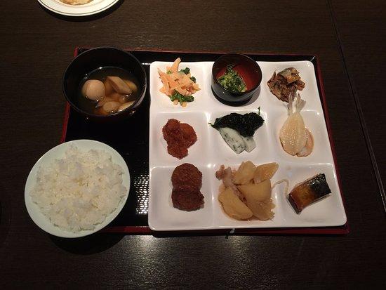 Hagihonjin : 豊富なメニューの朝食ビュッフェ