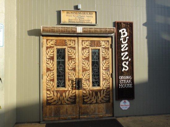 Pearl City, HI: Entrance