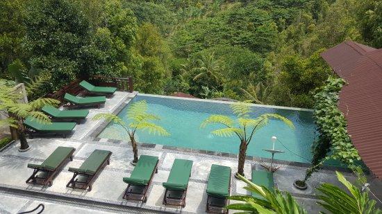 Munduk, Indonesia: 20170322_112829_large.jpg