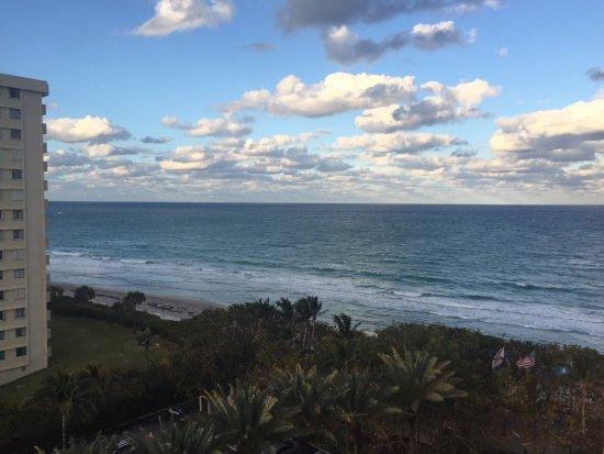 Jupiter Beach Resort: photo1.jpg