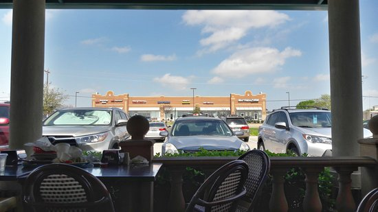 Wylie, TX: The outdoor seating