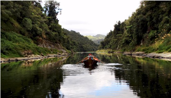 Taihape, Nueva Zelanda: Slow travel on a dory down the Wanganui River
