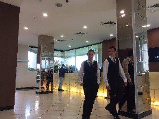 Bondi, Australia: Reception