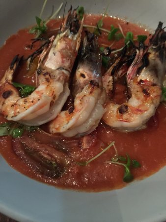 Peregian Beach, Australia: cold tomato soup with prawns