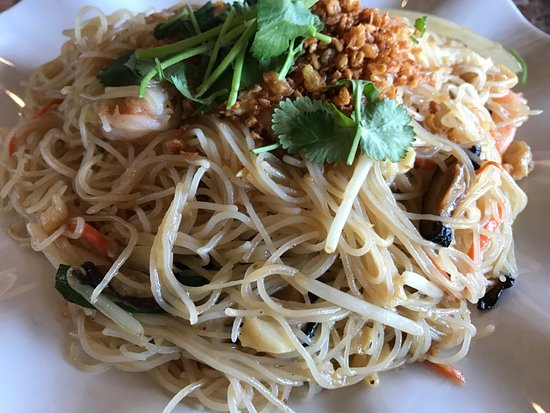Angel hair picture of monark asian bistro riverside for Angel thai cuisine riverside ca