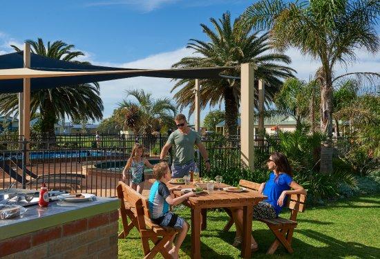 Adelaide Shores Resort Photo