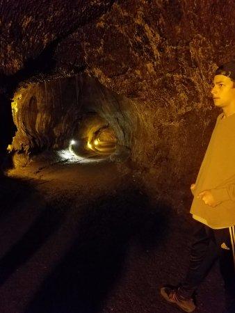 Akamai Adventure Tours & Travel: Lava tube