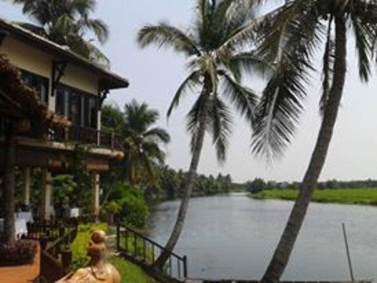 Hoi An Riverside Resort & Spa Foto