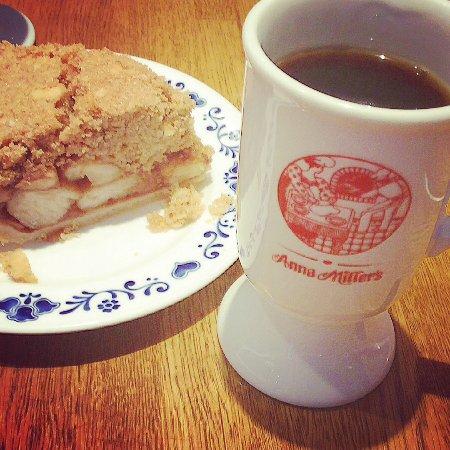 Anna Miller's Takanawa: 混んでますが、まったりお茶できます💕