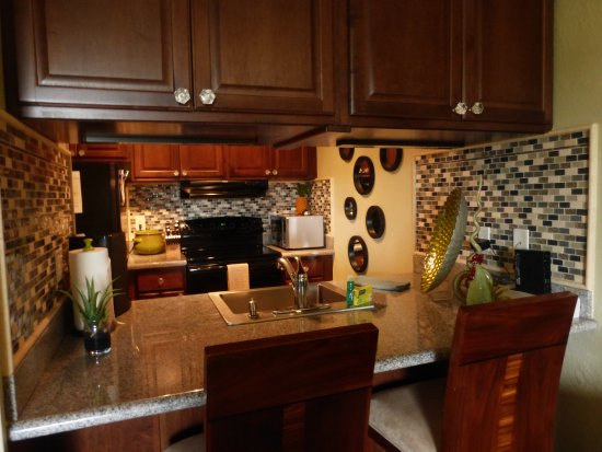 Plantation Hale Suites: kitchen in J-11