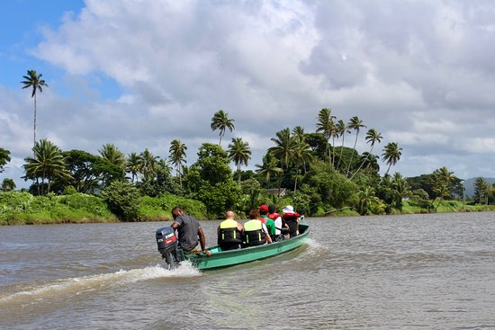 Viti Levu, Fiji: Up the river