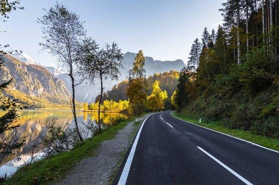 Grünau im Almtal, Autriche : On the way to Lake Almsee , October 2016