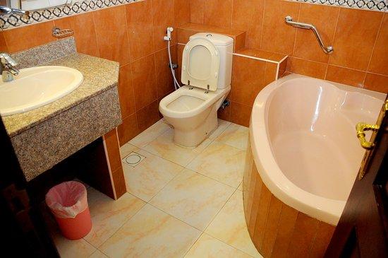 Bathroom - Picture of Hotel Summersands, Seeb - Tripadvisor