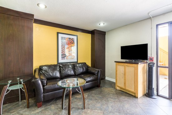 Rodeway Inn & Suites Medical Center : Lobby