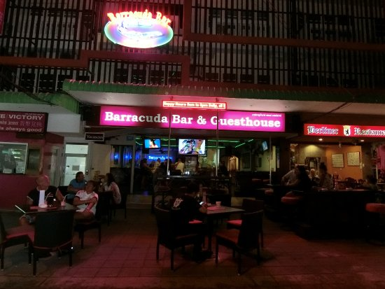 Barracuda Guesthouse : Our Out door seating Area by night