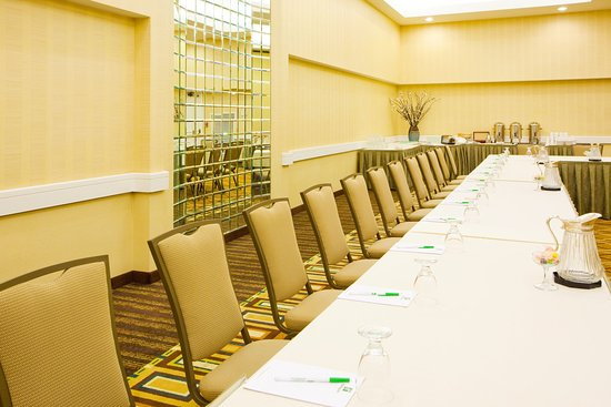 Holiday Inn Hotel & Suites Alexandria - Old Town: Meeting Space For 5 to 500 Await...Enjoy Great Service