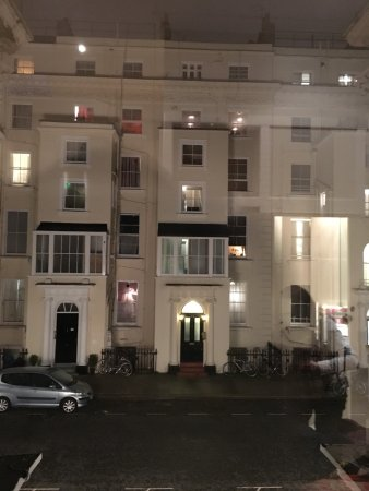 Wedgewood Hotel: Vista desde nuestra habitación.