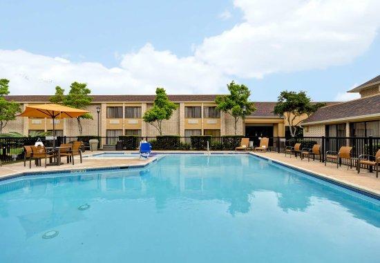 Courtyard Houston I-10 West/Energy Corridor : Outdoor Pool