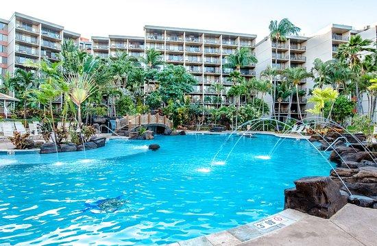 雅詩頓卡阿納帕利海岸酒店