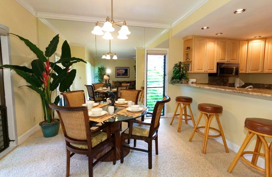 Aston at Poipu Kai: 1 Bedroom Garden View Dining Area And Kitchen