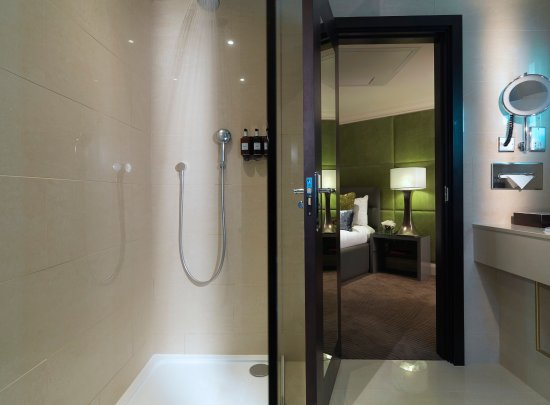 Radisson Blu Edwardian Mercer Street Hotel: Suite 617 Bathroom