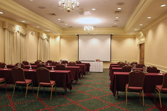 Chelmsford, MA: Meeting Room