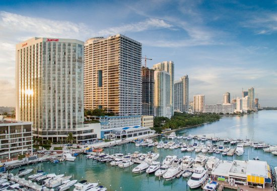 Miami Marriott Biscayne Bay : Exterior