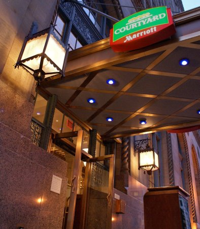 Courtyard San Diego Downtown: Entrance