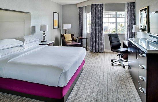 Del Mar, CA: Standard King Room