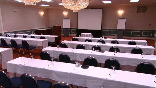 Crowne Plaza Hotel Chicago - Northbrook: 15,000 Sq Ft of Flexible Meeting Space at the Crowne Pl