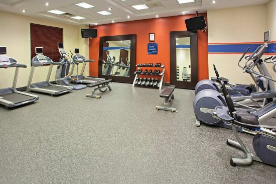 Skokie, IL: JumpStart Fitness Center