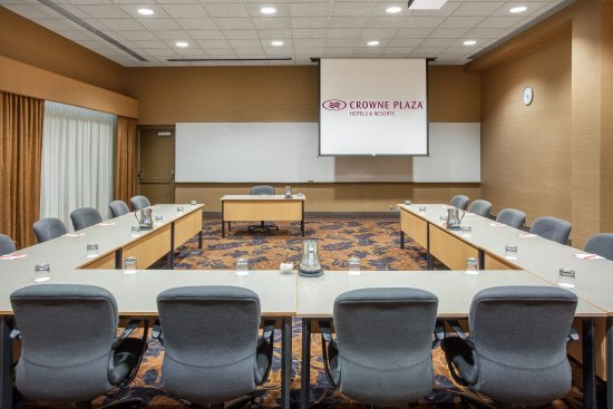 Plymouth, MN: Meeting Room