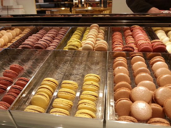 Pierre Marcolini : Lovely macarons!