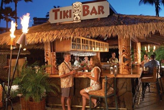 Kaanapali Beach Hotel: Tiki Bar