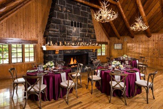 Sunriver Resort_Meetings_Fireside Room