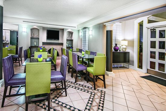 The Woodlands, TX: LobbyView