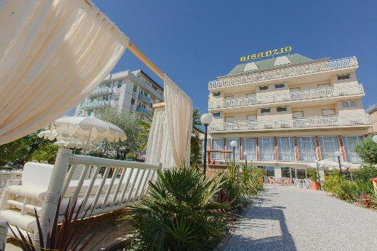 Hotel bisanzio cesenatico italy reviews photos & price