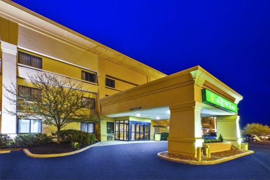 La Quinta Inn Toledo Perrysburg: ExteriorView