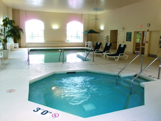 New Berlin, WI: PoolView
