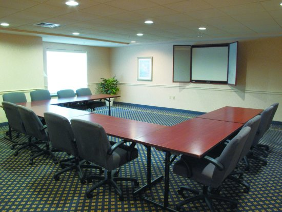 New Berlin, WI: MeetingRoom