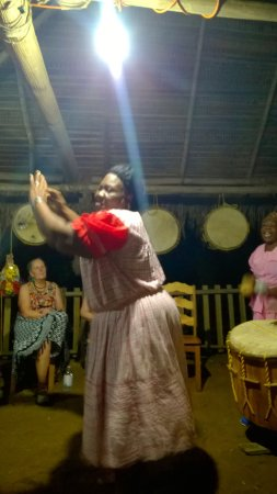 Warasa Garifuna Drum School: Twerking!