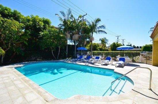 Swimming Pool Picture Of Best Western Plus Newport Mesa